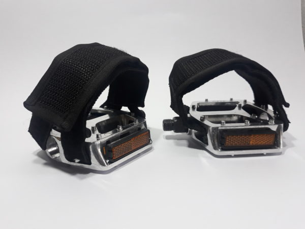 20190409 145454 600x450 - Firma pé básico Las Magrelas para pedal plataforma
