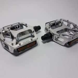 20190409 165511 1 300x300 - Pedal plataforma de alumínio