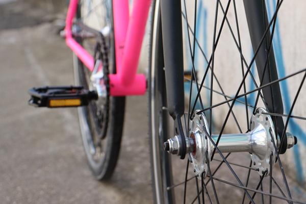 IMG 3216 600x400 - Bicicleta Babilonia Las Magrelas feat. Bornia & Cox Completa