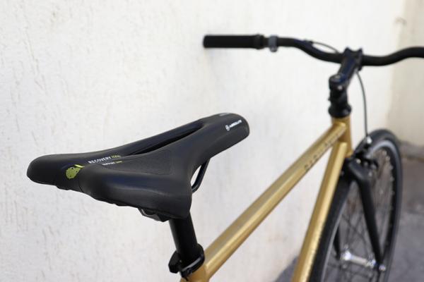 IMG 3325 600x400 - Bicicleta Babilonia Las Magrelas feat. Bornia & Cox Completa