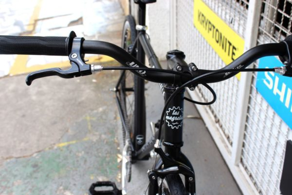 photo 2019 11 29 16.39.06 600x400 - Bicicleta Babilonia Las Magrelas feat. Bornia & Cox Completa