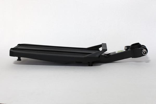 BagagueiroFlutuanteA 600x400 - Bagageiro flutuante UL73S para canote de selim