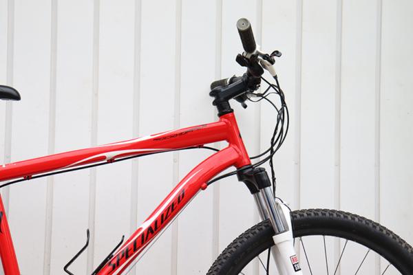 IMG 3579 600x400 - Bicicleta Specialized RockHopper aro 26 freio hidraulico (usada)