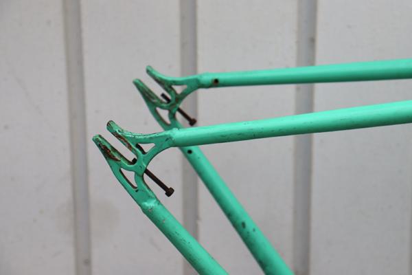 IMG 3609 600x400 - Quadro Raf Bikes aço Hi-Ten tamanho 50 (usado)